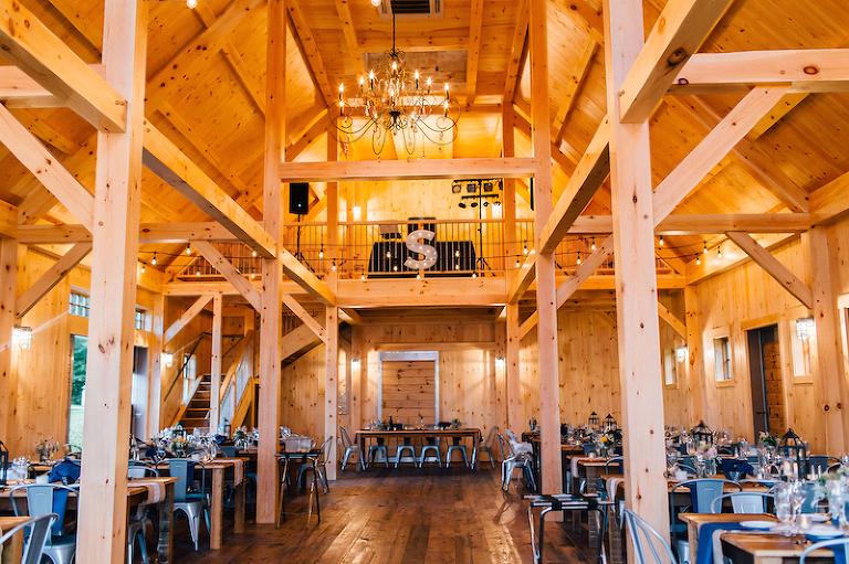 7 barn venues in maine themainetinker maine barn wedding venue js 32 junglespirit Choice Image